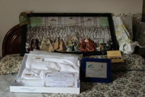 Primo premio: L'Opera ed i regali.